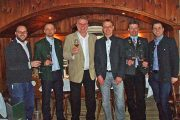 (v.l.n.r.) Die Braumeister der Salzburger Bierkultur: Reinhold Barta (Brauhaus Gusswerk), Wolfgang Schweitl (Die Weisse), Günther Seeleitner (Spezialitäten Manufaktur Hofbräu Kaltenhausen), Axel Kiesbye (Trumer Privatbrauerei), Johannes Höplinger (Augustiner Bräu), Markus Trinker (Stiegl Brauerei)