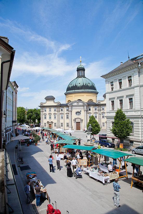 Schanzlmarkt am Kajetanerplatz (©Foto. Wildbild)
