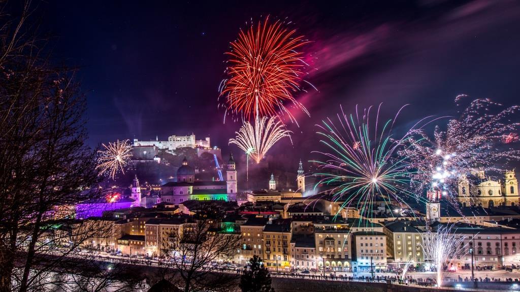 Salzburg Silvester Feuerwerk (©Foto Günter Breitegger / Salzburg Tourismus)