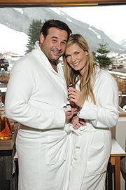 Verena Wriedt mit Mann Thomas Schubert 4. Geburtstag Hotel Alpin Juwel, Start der Wintersaison in Saalbach Hinterglemm, Österreich am 12.12.2016 Foto / (c) G. Nitschke/ BrauerPhotos