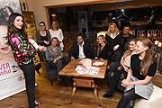 Alexander Wolf Schwabl (Alpin Juwel) mit Freundin Tamara Pülzl und Alexandra Polzin und Mann Gerhard Leinauer, Sonja Kiefer und Freund Cedric Schwarz mit Verena Wriedt mit Mann Thomas Schubert, Grazia Stallone (Regulat Beauty) und Gäste 4. Geburtstag Hotel Alpin Juwel, Start der Wintersaison in Saalbach Hinterglemm, Österreich am 12.12.2016 Foto / (c) G. Nitschke/ BrauerPhotos